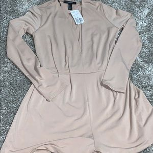 Long sleeve taupe romper, size M